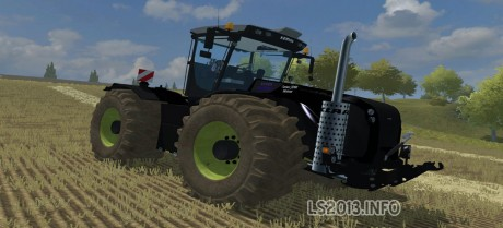 Claas-Xerion-5000-Black-Edition-460x209-1
